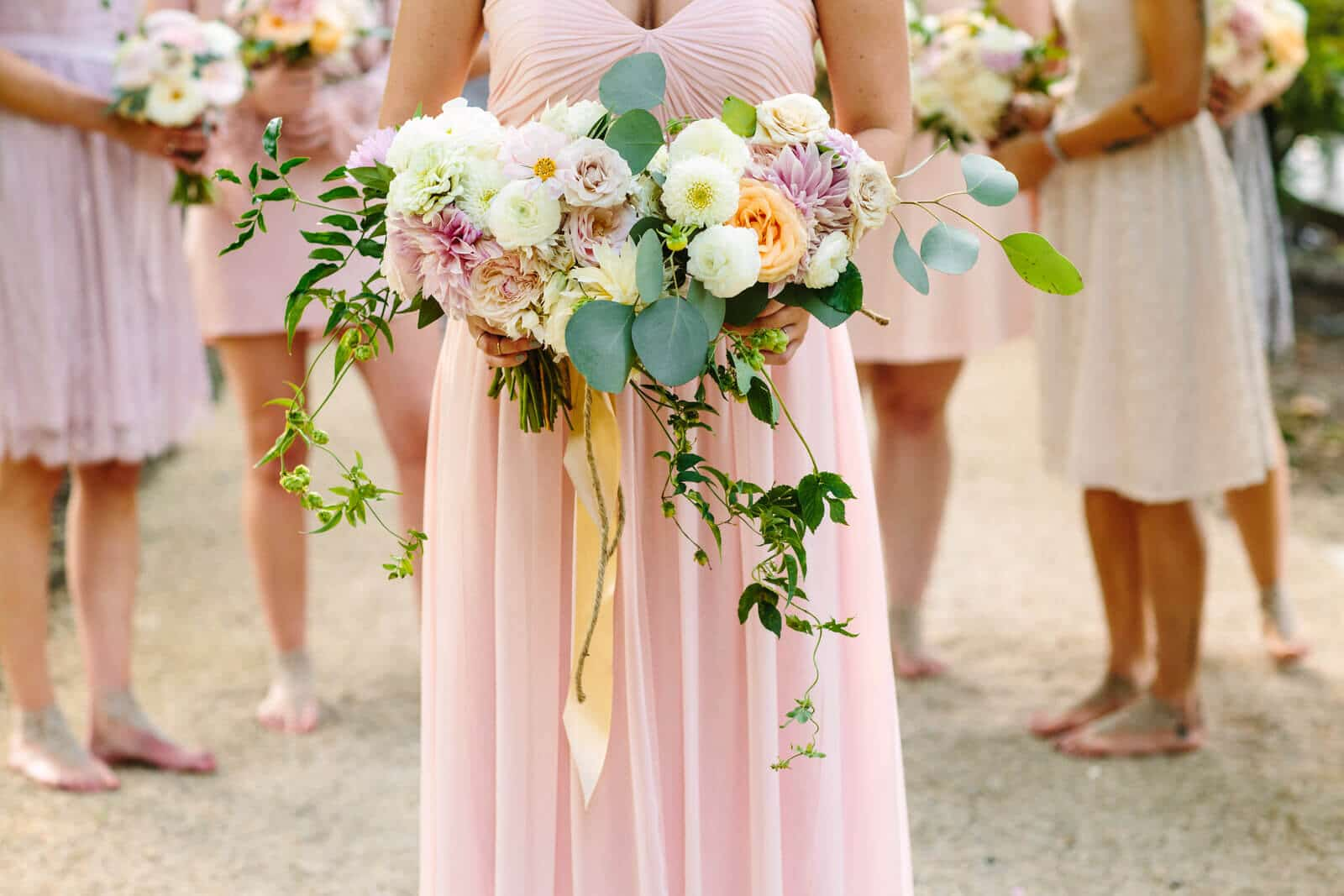 flowers, floral, wedding, jorgensen farms, outdoor wedding, bridal party, bridesmainds, stylish, modern, love, cool